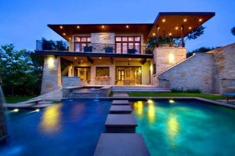 Una casa de lujo muy moderna