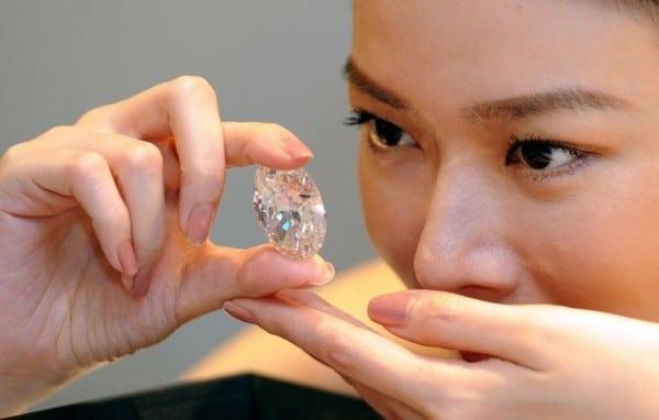 Magnífico Diamante Ovalado