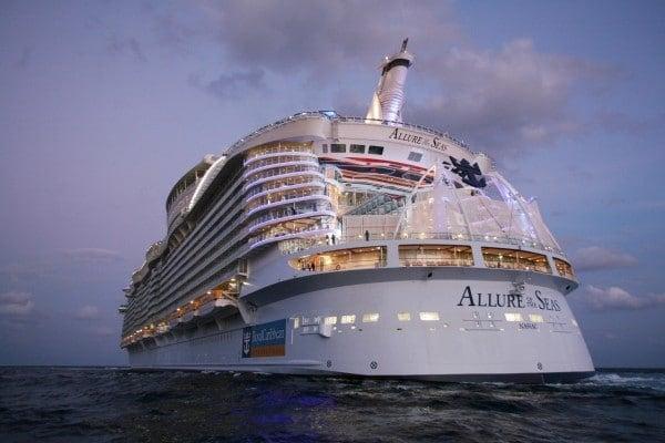 Un paseo virtual por un crucero