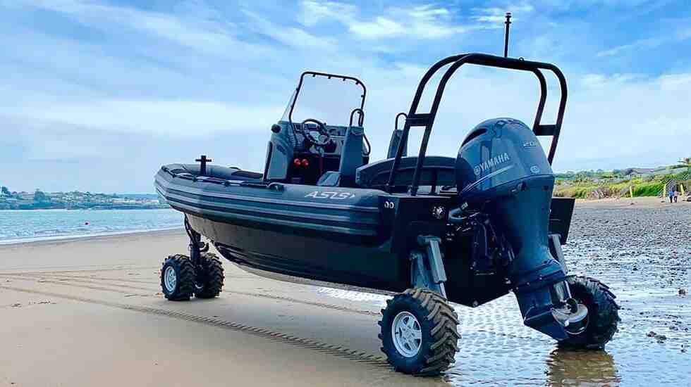 4WD ASIS El Barco anfibio