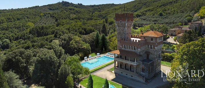Castillo en Venta en Arezzo Italia