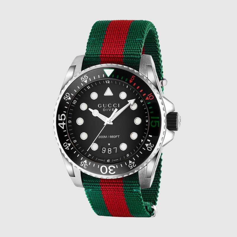 Reloj Gucci Dive en 2020